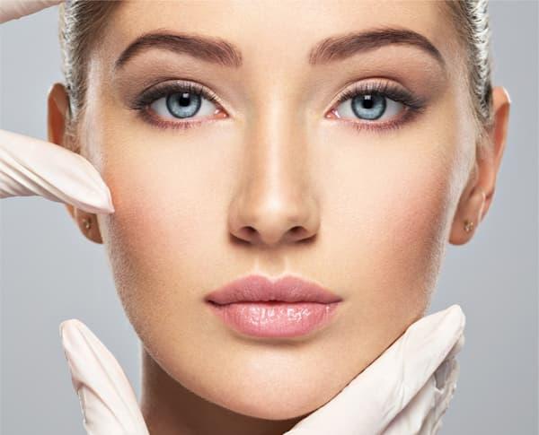 Medycyna estetyczna skóry, brwi włosów rzęs, profesjonalny gabinet kosmetyczka Mokotów, najlepsze metody manicure pedicure, kosmetologii